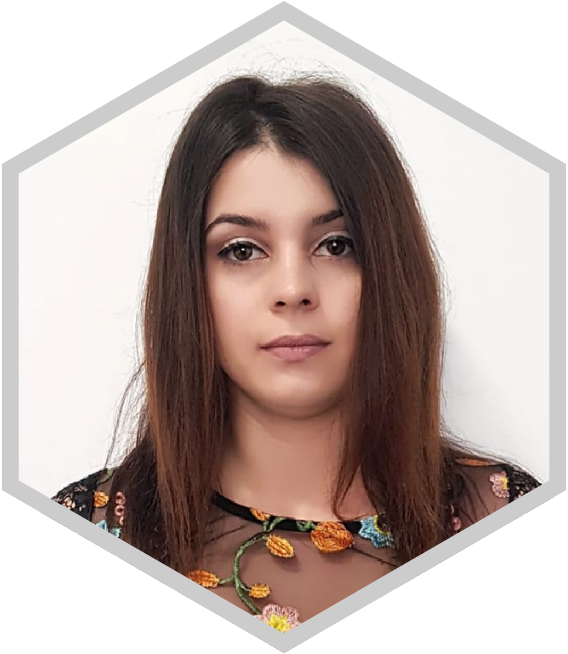 Dr Larisa Marina